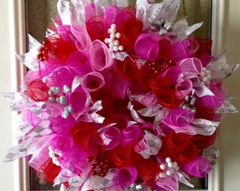 "20"" curly red/hot pink/ pink deco mesh wreath"