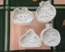 Lot of 4 pcs Disney Cartoon Angry Birds Plastic Spring Cookie Cutter Shape Cake Tool Mold Decorating Wood Breaker Maching Kamikaze bird Pig