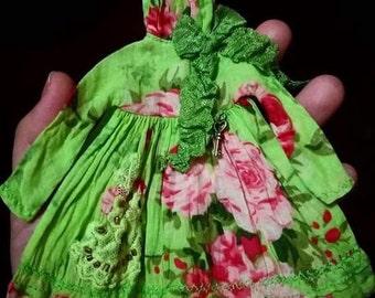Floral dress for Neo Blythe