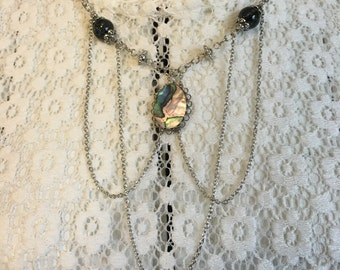 Silver chain necklace with Abalone pendant