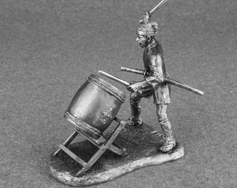 Toy Soldier Ashigaru Drummer with Taiko Drum Medieval 1/32 Japanese  Tin  54mm figurines metal sculpture