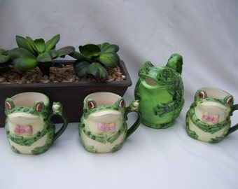 4 Pieces One Frog Pitcher and 3 Frog Mugs