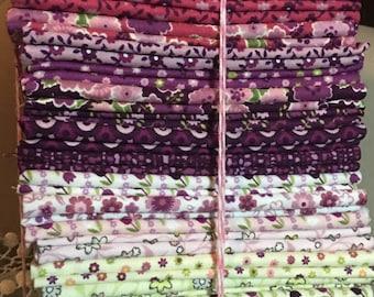 SALE!@ Soho Calico Fat Quarter Bundle by Maggie & Flo's