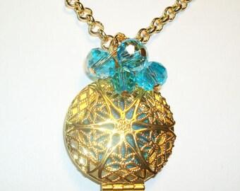 Essential Oil Diffuser - Gold Snowflake Design