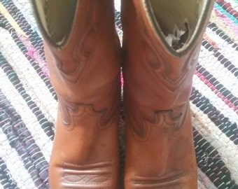 Cowboy/girl leather boots western embroidered vintage