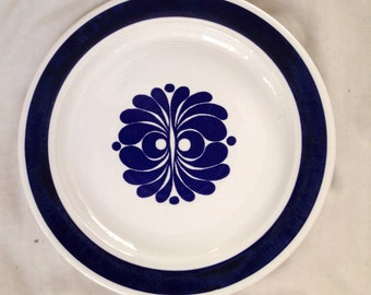 "2 Egersund, Norway ""Tana blå epoke"" vintage dinner plates, floral abstract motive."