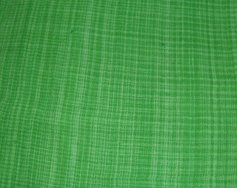 "Homespun Fabric / Apple or Lime Green / Lightweight Homespun Fabric / 44-45"" Wide / One Yard 7"" / Quilting / Rag Quilts / Ragging"