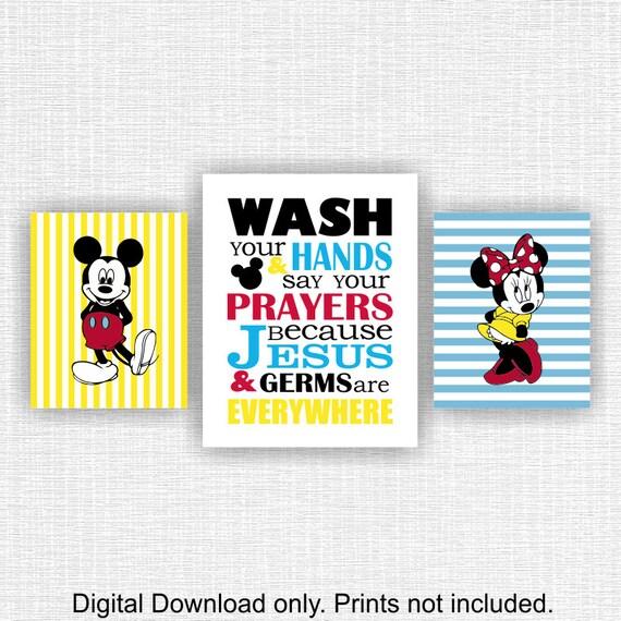 Disney Mickey Mouse Bathroom Decor: Items Similar To Mickey Mouse And Minnie Mouse Bathroom