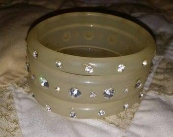 Set of 3 Acrylic Vintage Cream Bangle Bracelets With Rhinestones