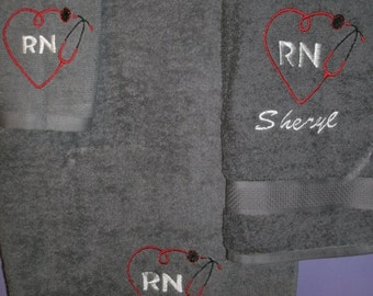 RN Nurse Heart Personalized 3 piece Towel Set Bathtowel, Handtowel, & Washcloth Any Color