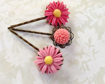 Pink Daisies And Mum Hair Clips