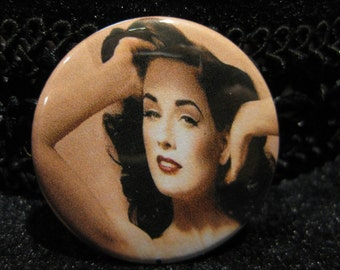 Dita, Von, Teese, pin, button, pinback, burlesque, glam, dance, pin, up, accessory, 1.5 inch