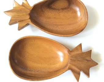 Set of two Vintage Monkey Pod Wood Pineapple Serving Bowls