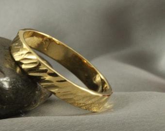 Hammerd Gold Wedding Band,14k Wedding Ring, GOLD RING 14K, Handmade Ring - 3.5mm Wide Gold ring - 14k gold ring, Mens Wedding Ring, 14k band