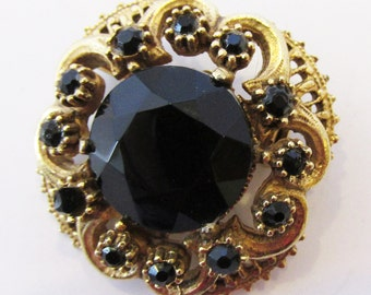 Vintage 1950s Signed Florenza Gold Toned Ornate Setting Black Rhinestone Pin