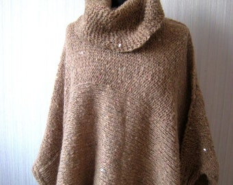 Womens HandKnitted Oversize Wool Poncho, Oversize Poncho, Winter Poncho, Wool Poncho, Womens Poncho, Sweater Poncho, Womens Sweater, Beige