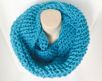 Crochet Infinity Scarf | Blue | iScarf v4.0