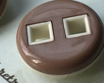 Vintage Buttons - brown plastic