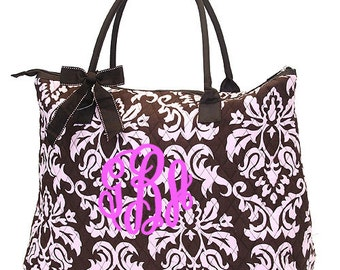 "Personalized Quilted Damask Tote with Bow - Large 18"" Brown and Light Pink - DAQ2705-BRPK"
