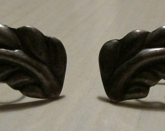 Vintage Sterling Silver Screw Back Earrings from Mexic