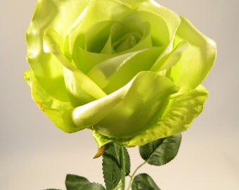 Rose Spray in Green - 32'' Tall