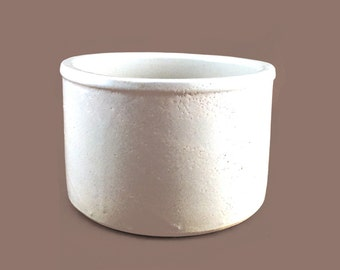 RRP Co Pottery Grinding Bowl / Mixing Bowl