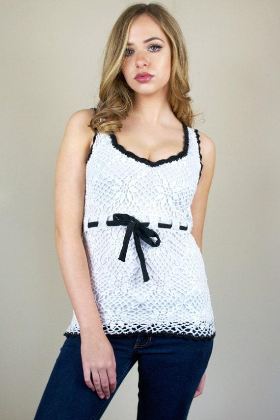 Vintage J.J Basics White Sleeveless Crochet Tunic Tank Top