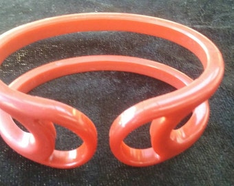 Bakelite Bangle Red maked Patented