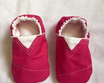 Pink toms inspired baby shoes, pink baby booties, toms baby shoes, toms baby booties, pink booties, pink shoes, crib shoes, slippers