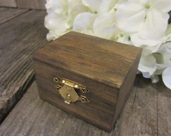 Small rustic ring box, rustic ring box, small wedding ring box, ring bearer box, ring box, wood ring box, bridal shower gift, bride gift