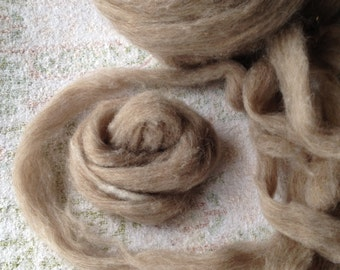 Roving Icelandic Moorit ready to spin or felt
