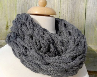 Merino Snood: charcoal