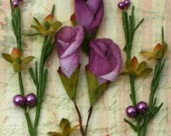 Petaloo - Calla Lillies & Berries -  Lavender