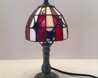 Vintage Stained Glass Lamp ~ Red White Blue ~ Small Lamp