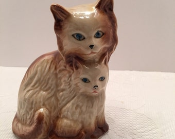 Brazil Cat Figurine ~ Mother and Kitten ~ 1960's Vintage