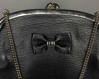 vintage Ungar black leather purse with bow