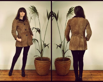 Amazing 1970's Short Tan Fitted Princess Real Sheepskin Coat