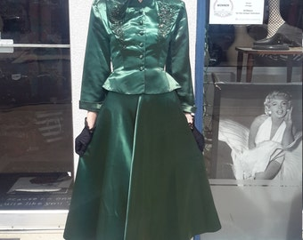 Vintage 1940's Emerald Green Skirt Set