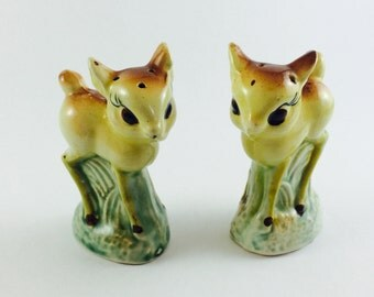 Vintage deer salt and pepper shakers - mid century, made in Japan