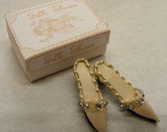Dolls House Miniature Cream Silk Ladies Mule Slipper Shoes
