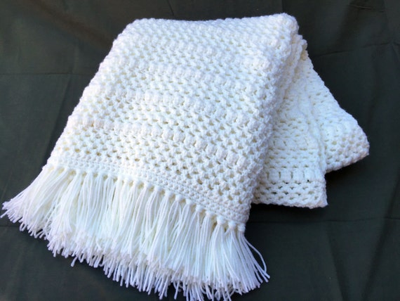 Ready to Ship**Free Shipping**/Crochet Blanket/White Blanket Throw/Knit Knitted Afghan Blanket Throw/White Throw Blanket/White Afghan Throw