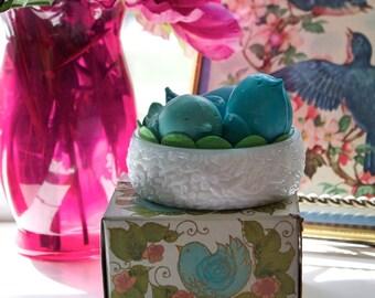 Avon - Love Nest - Hostess Soap Set