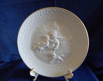 "Vintage Avon 1985 Christmas Plate  ""A Childs Christmas''"