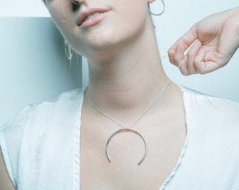 U-Necklace