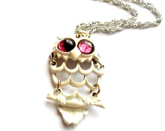 Vintage Purple Eye Owl Necklace Shabby Fashion Painted White Glass Cabochon Articulated