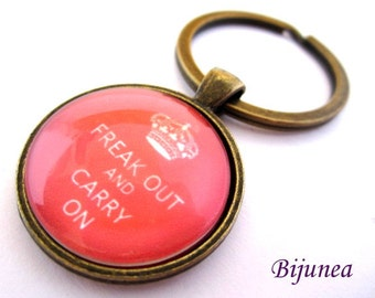 Freak out and carry on keychain - Red keep calm keychain - Keep calm keychain k135