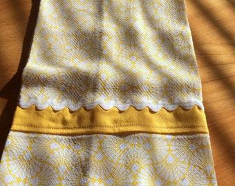 Yellow & White Appliqued Tea Towel (1)