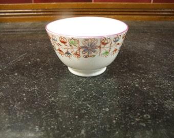 New Hall Porcelain Pattern 434 Tea Bowl - Circa 1800