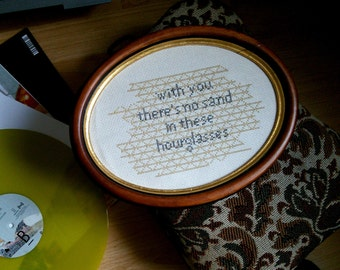 "Embroidery Cross Stitch ""Hourglasses"" according to Bodi Bill lyrics"