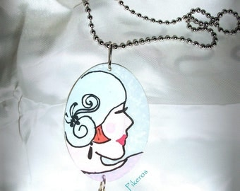 """The collection """"Retro women"""" necklace (001)"""